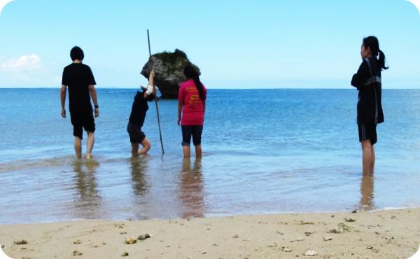 海での野外活動